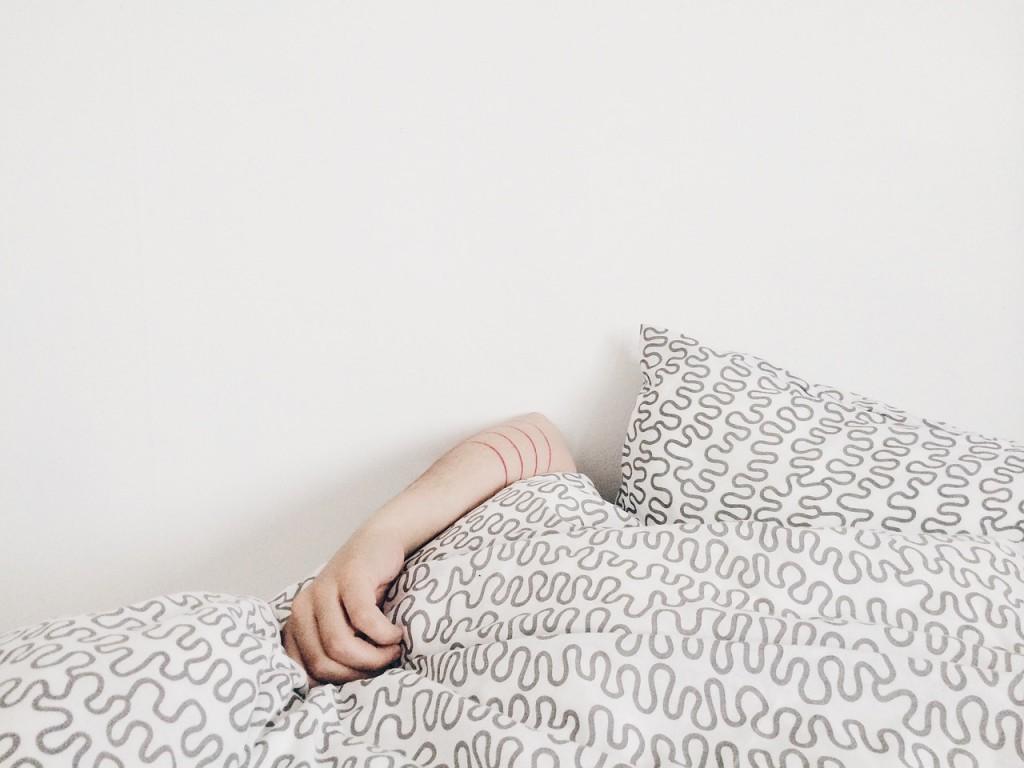 sleeping-690429_1280